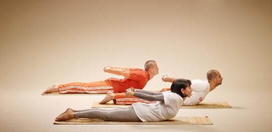 """Защо да изберем курсовете по йога в йога център """"Арадхана""""?"""